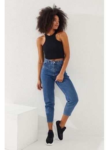 Reyon  Kadın Kalın Askılı Crop Bluz Beyaz Siyah
